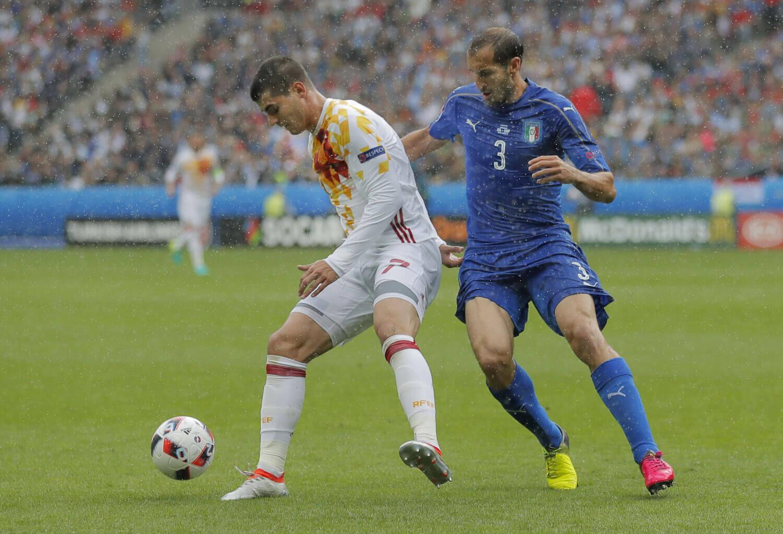 Kluczowy pojedynek dla losów grupy G, czyli odwieczna rywalizacja – Hiszpania vs Włochy.
