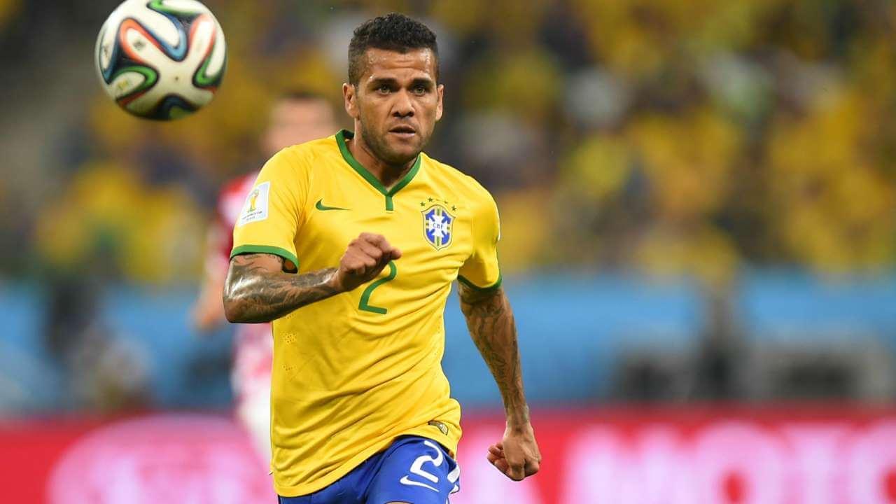 Dani Alves w barwach Brazylii