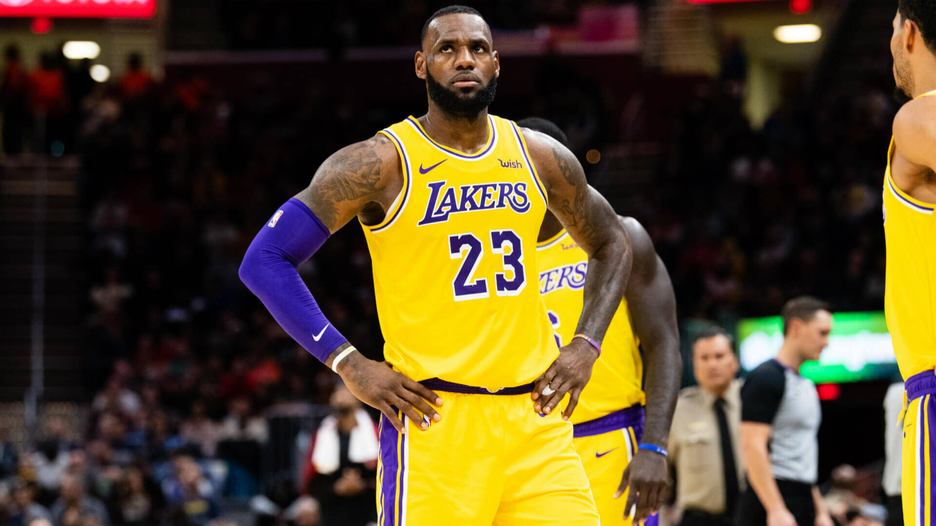 kursy na występ Lakers z Pelicans - Lebron James